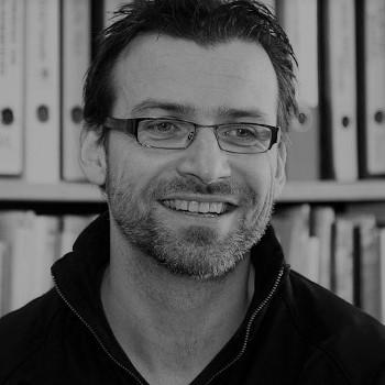 Dirk Jacobs